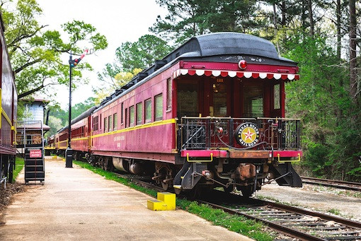 Piney Woods, Tyler State Park Railroad © Texas Tourism
